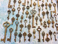 39 Old Antique Look skeleton key Bulk Lot Brass steampunk Card charm Gothic RT68