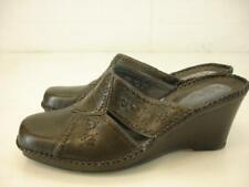 Womens 8.5 M Clarks Artisan Dark Gray Leather Mule Sandals Shoes Clog Wedge Heel