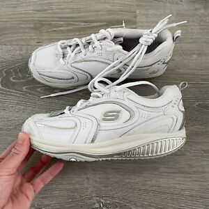 Sketchers Shape Ups Women's White Leather Rocker Toning Sneaker Size 7 SN12322