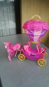 Barbie Ballon Kutsche mit Pferd