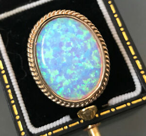 Women's Stunning 9ct Gold Ring Opal Solitaire Ring Size N Weight 7.5g Hallmarked
