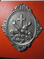 SACRA RELIQUIA Frati Minori San Francesco Assisi placca metallo sbalzo ex voto?