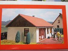 Busch Modellbahnen der Spur H0 aus Holz mit Haus-Gebäude, Tunnel & Brücken