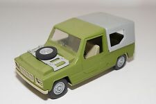 DDR ANKER RENAULT 6 RODEO GREEN WITH GREY EXCELLENT CONDITION