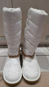 Designer Red by Marc Ecko White Cream satin/suede boots Size 6 worn once