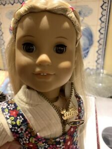 """AMERICAN GIRL DOLL 18"""" JULIE ALBRIGHT  Great used condition inbox"""