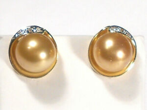 golden South Sea pearl earrings,diamonds,solid 14k yellow gold.