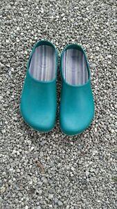Green Garden Rain Shoes Clogs Womens Size 9/10