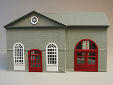 MTH RAIL KING PUBLIC WORKS BUILDING gray & white O GAUGE train house 30-90007
