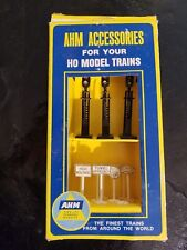 New In Box Scale Ahm Set 5611 Assorted Railroad Signals and Signs