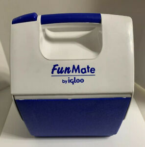 Igloo Fun Mate Playmate Cooler Lunch Blue And White USA Made Mini 2001