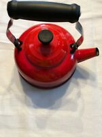 Le Creuset Teapot Tea Pot 1.7 Quarts Red Color Nice See Photos