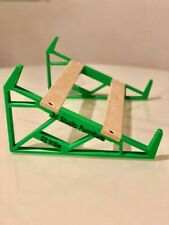 Customizable synth stand Roland Boutique Series TR8 - Green