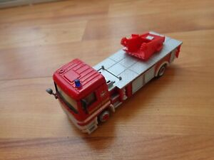 1/80 CARARAMA MERCEDES BENZ ACTROS FIRE ENGINE TRUCK USED