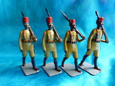 No BRITAINS - King's African Rifles - 4 soldats des colonies - lot 1
