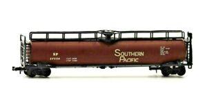 N Scale Trix Southern Pacific 67270 60' Tank Car Brown
