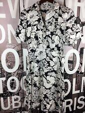 Banana Republic Black White Floral 100% Silk shirt dress Size 2
