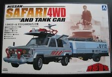 Nissan Safari 4 WD con Tank CAR Rimorchio KIT * Aoshima * 1:24 * OVP * NUOVO