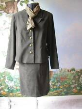 Amanda Smith Suit Stretch Women's Long Sleeve Green Skirt Suit Size 14 New