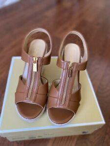 Michael Kors Roslyn Wedge Sandal Nappa Luggage Brown Size 6.5M New In Box