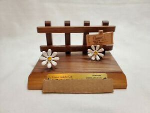 """VINTAGE Goebel Hummel Collectors Club """"Daisies Don't Tell"""" RARE STAND WITH BOX"""