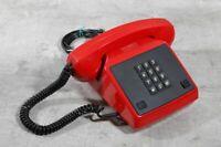 altes Telefon mit Tasten rot Tastentelefon GDR Alpha Quick