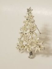 Lia White Christmas, Christmas tree Brooch holiday accessories party presence