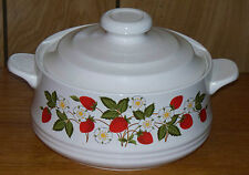 Vintage Sheffield Strawberries 'n Cream Round Casserole Dish Bowl with Lid