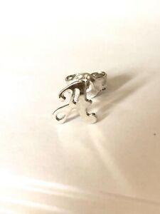 Mono orecchino lobo corsivo lettera singola iniziale argento 925