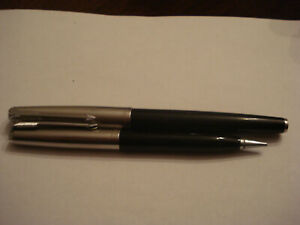 Parker 61 set, fountain pen and pencil EX++ both working fine. No engraving.