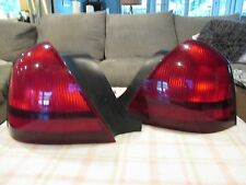2003-2011 MERCURY GRAND MARQUIS RIGHT & LEFT SIDE TAIL LIGHT OEM