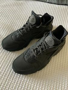 Men's Nike Air Huarache Trainers Size 10 UK Black / Grey Good Condition