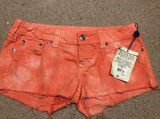 NEW WITH TAGS TRUE RELIGION JEANS CUTOFF SHORTS SIZE 32 WOMEN $150
