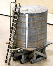 HO SCALE BANTA MODEL WORKS #2124 Hillside Water Tank
