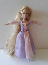 Mini Reino Barbie Rapunzel J6064/Mini Kingdom Barbie Rapunzel J6064.