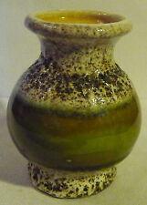 Vase - Kleine weiß-schwarz-grün gemusterte Tonvase