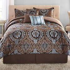 7-Piece Jacquard Bedding Comforter Set shams, bed skirts and decorative pillows