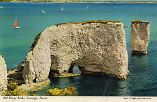 Postcard  Dorset  Swanage Old Harry Rocks un posted  Hinde