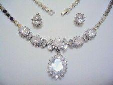 Collares y colgantes de joyería de oro blanco