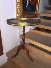 delizioso tavolino da caffè legno e ottone