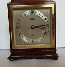 Elliot Art Deco Wind Up Nogal Mantel Clock Buenas Condiciones, Funcionando
