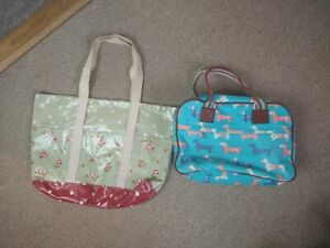 2 PVC Oilcloth Bags Floral Dogs Blue Green Medium Sized Zip