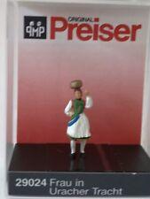 """Preiser 29024 Spur H0 Einzelfigur, """"Frau in Uracher  Tracht"""" #NEU in OVP#"""