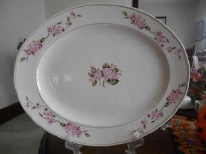 """Hydrangea Platter Chop Plate 17"""" W Martha Stewart Stoneware White Pink Green !"""