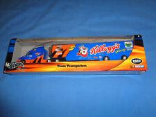 Hot Wheels #56088 2002 Team Transporter Kellogg's Nascar Racing #5 Tony Labonte