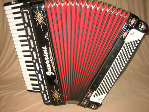 "Ital. Akkordeon ""GUERRINI Polkaking"" Musette accordion fisarmonica Mod.630"