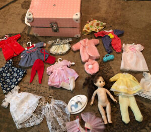 """Vintage 7"""" Sleep Doll Red Hair W/ 9"""" Wardrobe Trunk And Lots Of Outfits"""