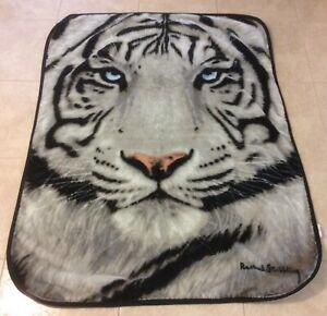 The Northwest Co. Gray Black Tiger Face Plush Throw Blanket Rachel Stribbling