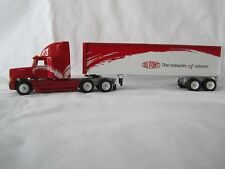 """Winross 2000 """"DUPONT The Miracles of Science"""" Freightliner FLD120"""