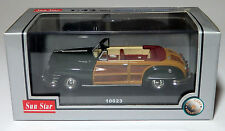 Sun Star 1947 Chrysler Town & Country Green Woody Convertible 1:43 10023  MIB !
